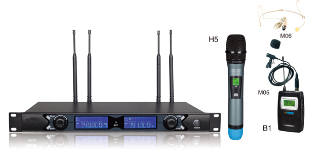 S20 Dual Channels UHF Wireless Microphone s