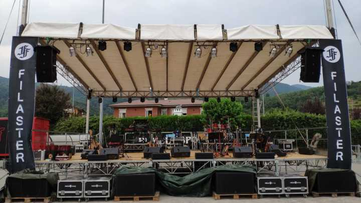 Sanway VR10 line array and L-8028 subwoofer light up the Filaster Fest in Italy